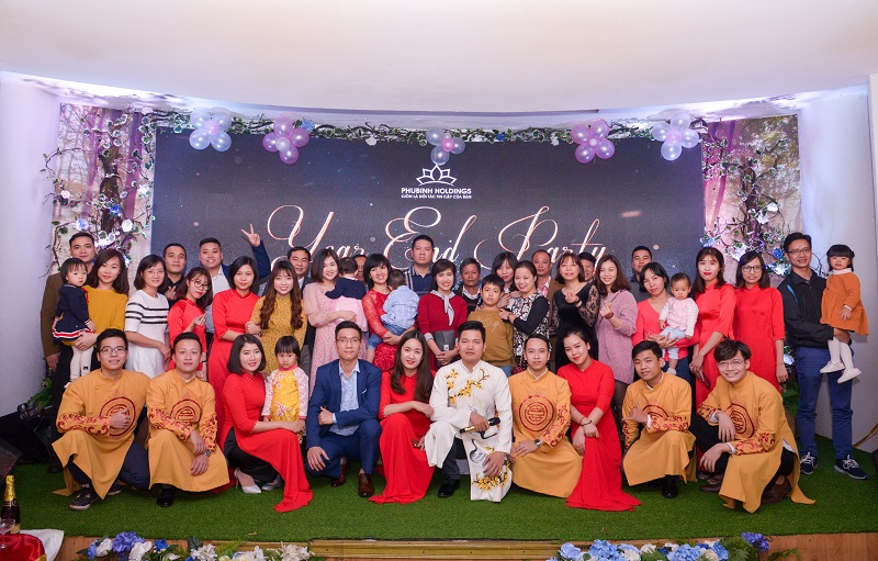 Year end party 2018 Phú Bình Holdings